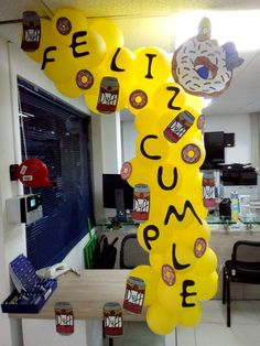 Beer Birthday Party, 30th Party, 30th Birthday, Diy Party, Party Ideas, Simpsons Party, Yellow Balloons, Ideas Para Fiestas, Fiesta Party