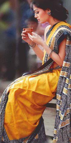 Indian ethnic Fashion I Indian Photoshoot, Saree Photoshoot, Ethnic Fashion, Indian Fashion, Indian Dresses, Indian Outfits, Saree Poses, Stylish Sarees, Saree Look