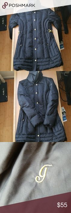 Guess black down coat size M Very nice down coat, like new. Size Medium Guess Jackets & Coats Puffers