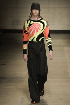 See all the Collection photos from Topman Design Autumn/Winter 2017 Menswear now on British Vogue Vogue Paris, London Fashion Week Mens, Mens Fashion, Runway Fashion, Winter 2017, Fall Winter, Autumn, Fashion Show Collection, Catwalk