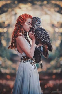 Photo Girl with an owl in the hand, by clair0bscur
