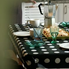 great tablecloth idea