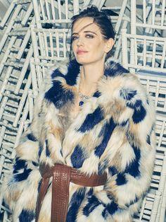Bond Girls, French Actress, Eva Green, Fur Fashion, Celebs, Celebrities, Pin Up, Sexy Women, Actresses