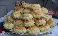 Borzas sajtos pogácsa Hungarian Desserts, Vegetarian Recipes, Healthy Recipes, Savory Pastry, Baking And Pastry, Dessert Recipes, Food And Drink, Pizza, Yummy Food