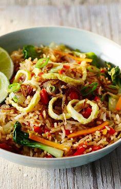 Low FODMAP and Gluten Free Recipe - Nasi goreng - http://www.ibssano.com/low_fodmap_recipe_nasi_goreng.html