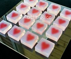 Valentine Agar-agar. I don't think I could actually make these but they look beautiful!