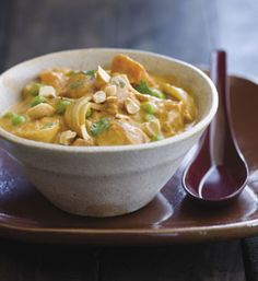 Potatoes and Peas in Red Curry Sauce