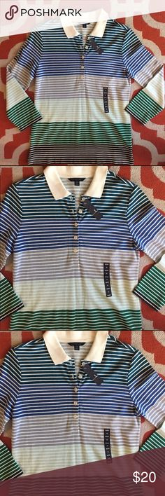 NWT Lands End Horizontal Striped Blue & Green Top This is a beautiful top made from 60% Baumwolle and 40% Viscose. The print is various blue and green hue stripes with a clean white color in between. It has 3/4 length sleeves and 5 buttons in the front. The tag reads misses XS 2-4. Please ask questions if interested and make an offer! All my clothing comes from a pet free and smoke free home 🏡 Lands' End Tops