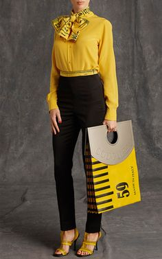 Moschino Pre-Fall 2015 Trunkshow Look 19 on Moda Operandi