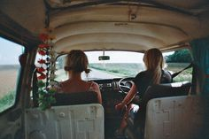 the-sun-child:  sea-thewaves:  road trip   following back similar blogs xx