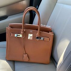 Luxury Purses, Luxury Bags, Luxury Handbags, Purses And Handbags, Hermes Bags, Hermes Birkin, Handbag Stores, Cute Purses, Little Bag