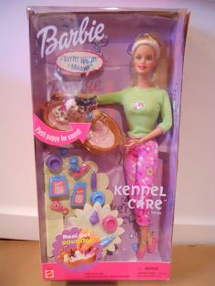 Barbie KENNEL CARE GIFTSET Dogs Bark Cats Meow 2001 NRFB