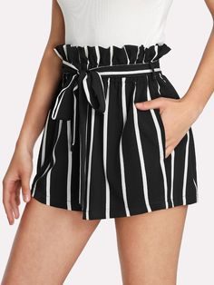 Self Tie Waist Frill Trim Striped Shorts -SheIn(Sheinside) Casual Skirt Outfits, Cute Summer Outfits, Short Outfits, Beach Outfits, Casual Shorts, Teen Fashion Outfits, Mode Outfits, Pants For Women, Clothes For Women