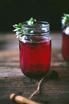 blackberry rum fizz
