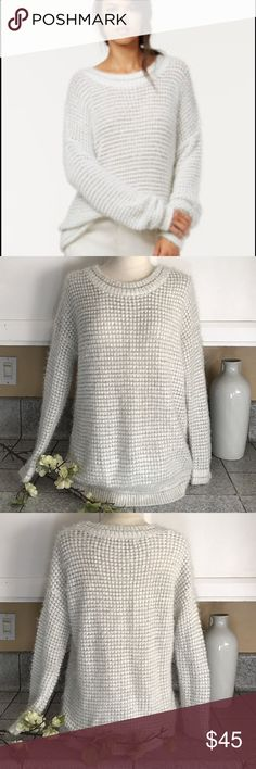🌾Rachel Roy Sweater🌾 Rachel Roy Soft fury sweater in white and silver gray yarn. Perfect cosy seater to wear with your favorite jeans. In excellent like new condition. RACHEL Rachel Roy Sweaters