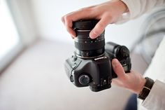 Quick Tip: Avoiding Dust while Changing Lenses