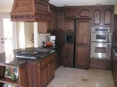 Oak Kitchen Cabinets Are Affordable And Look Great