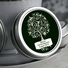 Personalized Family Tree Reunion Mint Tins - ForeverWed Supply Co. Family Reunion Cakes, Family Reunions, Class Reunion Favors, Reunion Decorations, Family Cake, Personalised Family Tree, Mint Tins, Family Roots, Wedding Scrapbook