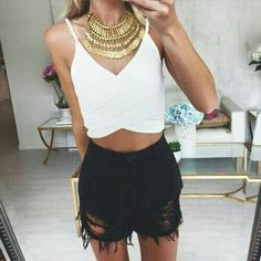 Welcome Babes x Your daily fashion inspiration Casual Outfits, Cute Outfits, Fashion Outfits, Women's Fashion, Spring Summer Fashion, Spring Outfits, Summer 2015, Mode Inspiration, Fashion Inspiration