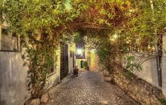 Fantastic Secret Places to Dream With
