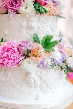 Hochzeitstorten marvel When Star Wars Meets Pride and Prejudice Wedding Themes, Our Wedding, Dream Wedding, Wedding Blog, Wedding Ideas, Wedding Wishes, Wedding Planning, Wedding Inspiration, Star Wars Wedding Cake