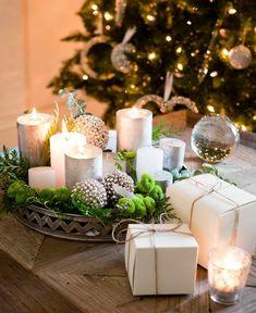 Świąteczna aranżacja salonu w kolorze srebra