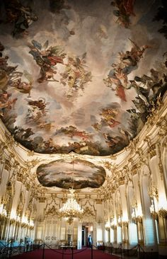 Discover the wonderful rooms inside the Schönbrunn Palace in Vienna, Austria Oh The Places You'll Go, Places To Travel, Places To Visit, Europe Centrale, Hallstatt, Voyage Europe, Palaces, Central Europe, Bratislava