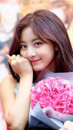 I would die for her Nayeon, Kpop Girl Groups, Korean Girl Groups, Kpop Girls, Park Ji Soo, Twice Group, Twice Fanart, Jihyo Twice, Twice Once