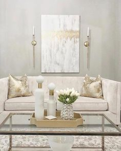 40 Outrageous Formal Living Room Tips besseres Zuhause Cream And Gold Living Room, Silver Living Room, Glam Living Room, Formal Living Rooms, Home And Living, Cream Living Room Decor, Beige Living Rooms, Deco Studio, Gold Home Decor
