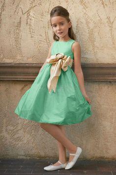 bafae44c2a196 con Encanto una línea de correas rodilla-longitud de flores Sash vestido de  niña
