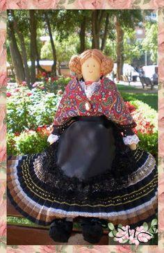 Cosiendo con María José: Una manchega muy especial