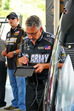 Tony Schumacher & Team Qualify 1st at The 2015 Thunder Vally Nationals in the U.S. Army Dragster