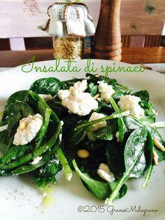 Insalata di spinaci primaverile