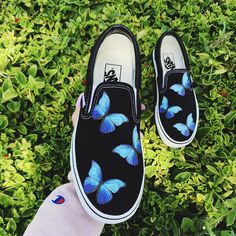 Custom Sneaker by dripcreationz Painted Sneakers, Painted Shoes, Painted Vans, Custom Vans Shoes, Custom Sneakers, Vans Shoes Fashion, Butterfly Shoes, Girls Football Boots, Aesthetic Shoes
