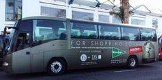Sinds kort kan men met een GRATIS bus naar El Corte Inglés rijden in Santa Cruz de Tenerife. Er zijn diverse stopplaatsen in het zuiden en de terugrit is om