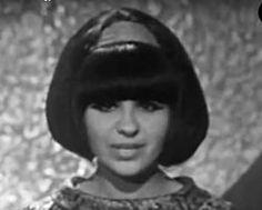 """Made in Hungary (1968)(""""Mindenkinek van egy álma"""") Harangozó Teri"""