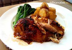 Glazed roast chicken recipe | chillimarmalade.com Roast Chicken Recipes, Eating Well, Chicken Wings, Poultry, Crockpot, Good Food, Turkey, Food And Drink, Menu