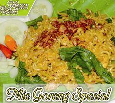 Menu Mie Goreng Spesial tersedia di outlet cabang FoodCourt Solo Square lantai 2