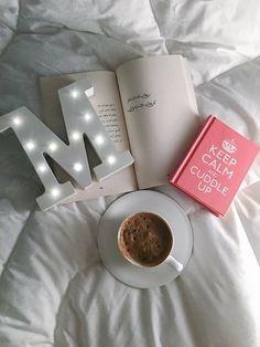 Pinterest: @çikolatadenizi M Letter Design, Alphabet Design, Boat Wallpaper, Name Wallpaper, Cute Letters, Picture Letters, Stylish Alphabets, Whatsapp Profile Picture, Alphabet Images