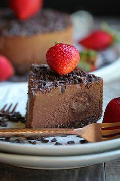 Raw Fudge Cake