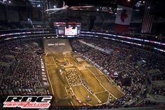 30 men and 10 women took to the Staples Center to have a go at the amazing course that is EnduroX; it is a caricature of what an off-road dirt biker would see on any day on the trail, It is exaggerated, distorted and nothing short of all that is gnarly.