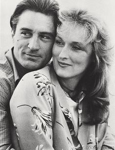 "Two of my fav actors! Robert de Niro y Meryl Streep en ""Falling in Love"" Meryl Streep, Jodie Foster, Best Actress, Best Actor, Female Actresses, Actors & Actresses, Image Film, Actrices Hollywood, Famous Couples"