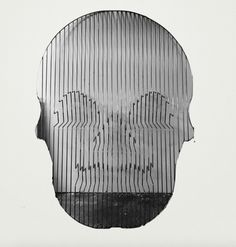 Lorenza's Il Cranio Ürün 'kurukafa' şeklinde olup, gözler, burun ve ağız kısmı raf olarak tasarlanmıştır..... 402622