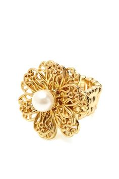 Pearl Flower Ring.