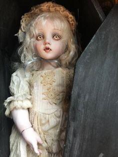 mari shimizu | Mari Shimizu Atelier 人形用「棺」 [清水真理]