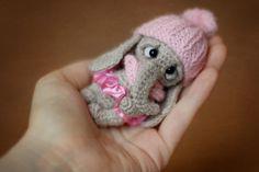 Miracles of Yarn: Слоняша Crochet Animal Amigurumi, Crochet Elephant, Crochet Teddy, Crochet Animal Patterns, Crochet Bunny, Amigurumi Patterns, Cute Crochet, Crochet Animals, Crochet Dolls