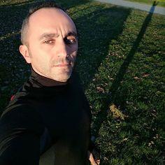 Nonostante il freddo esco a fare una corsa perché le avversità ti temprano sempre #photooftheday #me #selfie #gym #running #followme