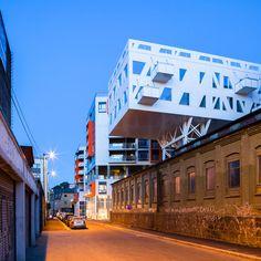 link-arkitektur-the-iron-foundry-designboom00