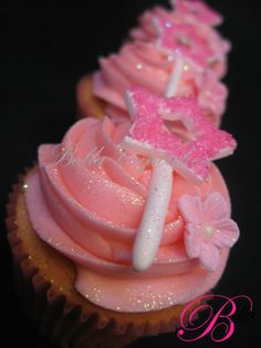 Pink Glitter Stars Magic Wand Cupcakes.  Instead of the flower, a tiara!