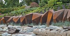 A Canadian seawall that's also a sculpture shows how function and beauty can coexist.
